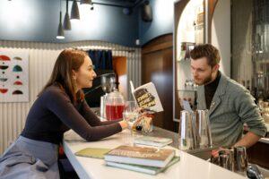 Коктейли и книги: пять правильных сочетаний от Shortlist на Петровке