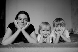 Нос судьбы: поэт Вера Полозкова о Вере — матери троих детей