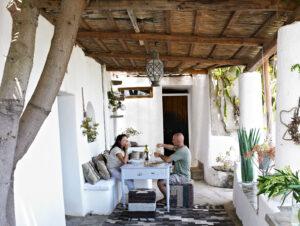 Летний дом дизайнера Мариэллы Йенны