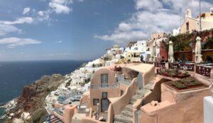 Греческие каникулы: гид по Андросу и Афинам