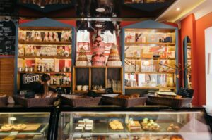 «Съешь еще этих мягких французских булок»: пекарня La Forêt
